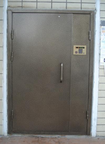 металлические двери в подъезд изготовление и установка